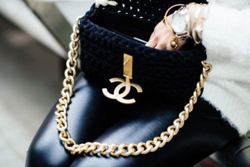 GOLD LINK CHANEL HANDBAG